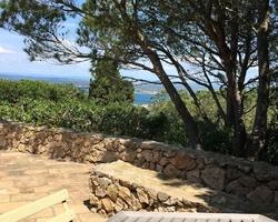 + qu'un jardin... – Sète - Entretien d'un jardin sur les hauts de Saint clair toujours dans le style baraquette