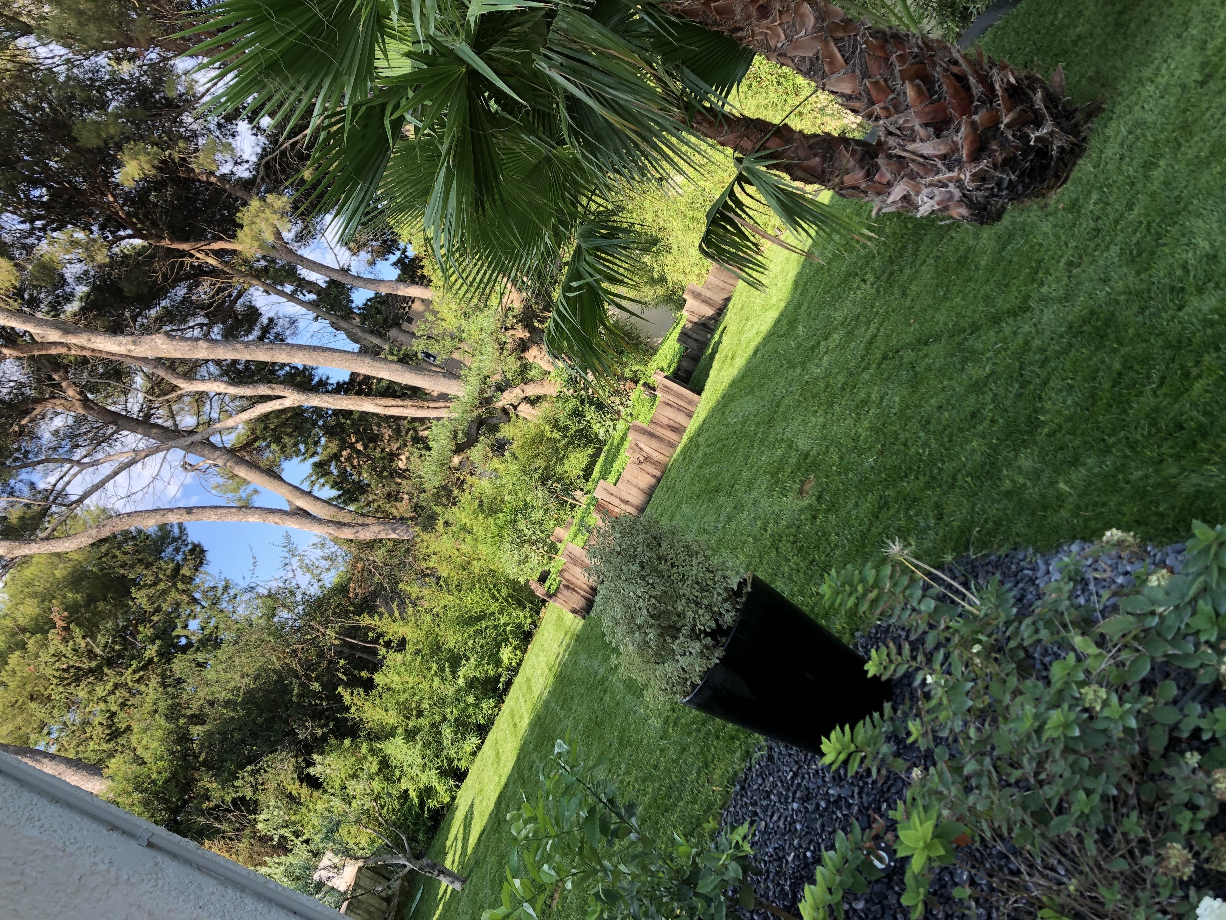 + Qu'un Jardin Recrute